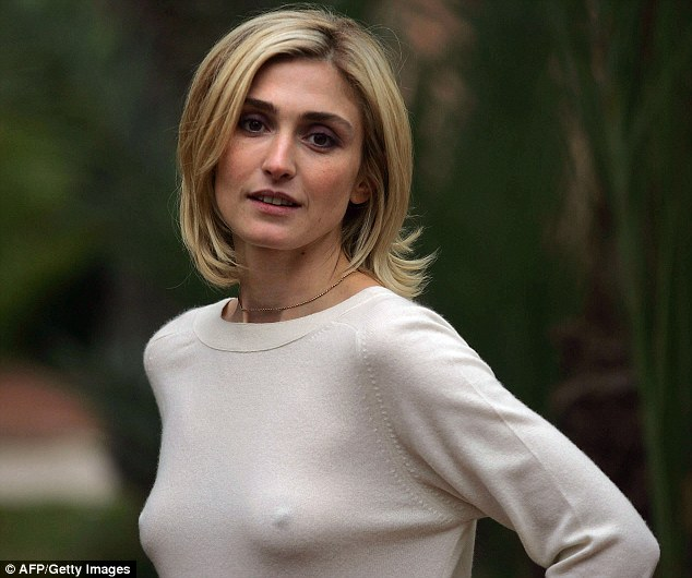 julie gayet titties